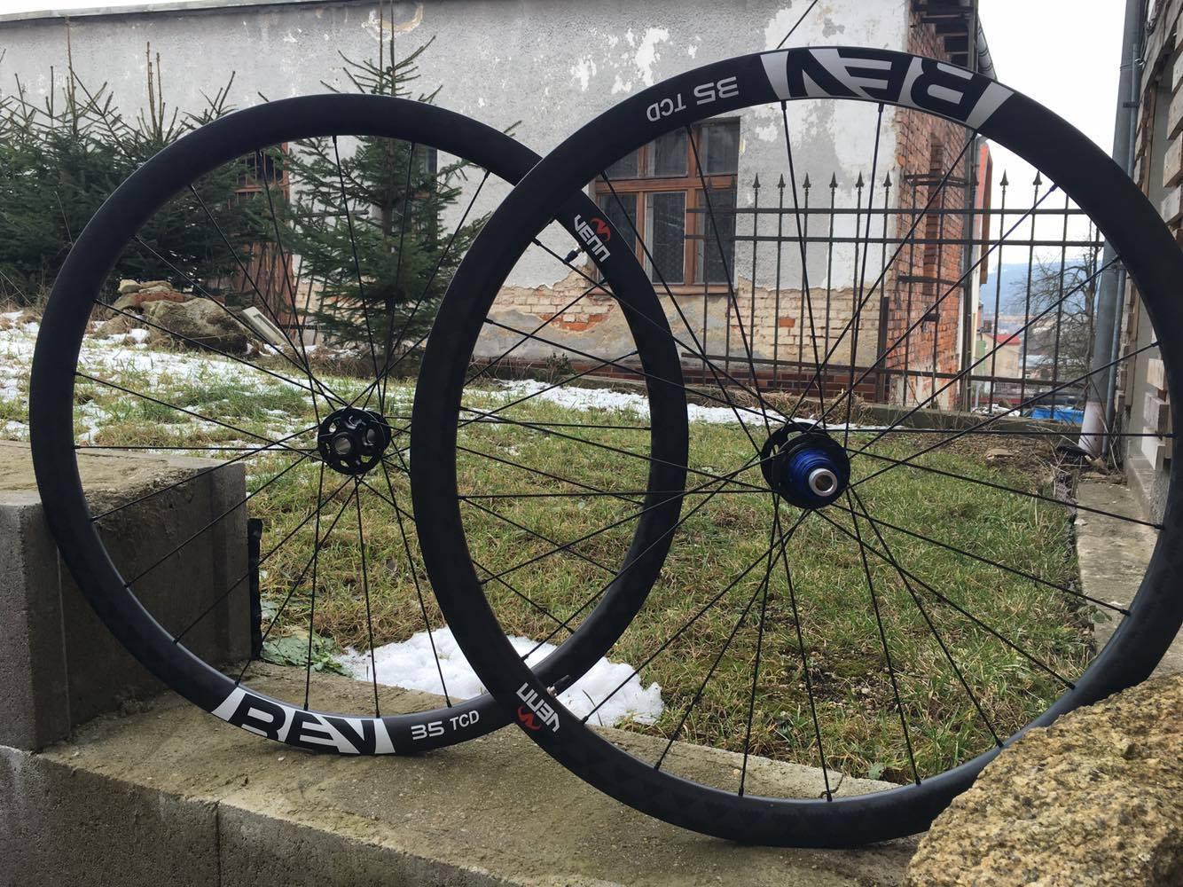 Venn REV Carbon wheels